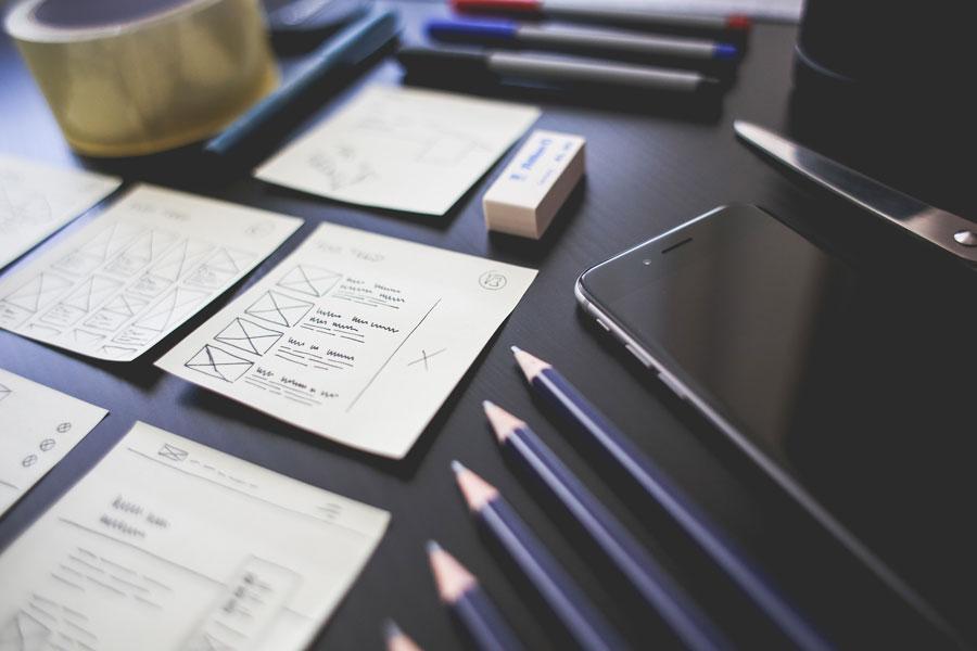 scrivania del web designer